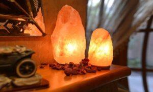 lampade di sale rosa himalayano Erboristeria siciliana, la tua erboristeria online